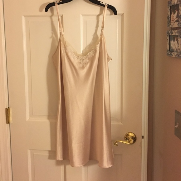 Victoria's Secret Other - Victoria's Secret silky chemise like new